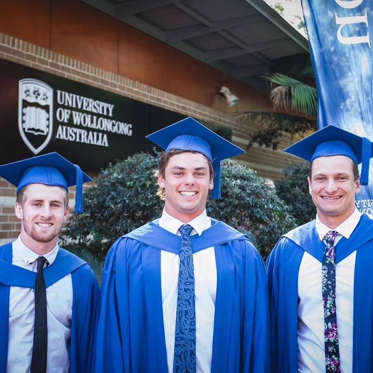 Dragons trio graduate from UOW