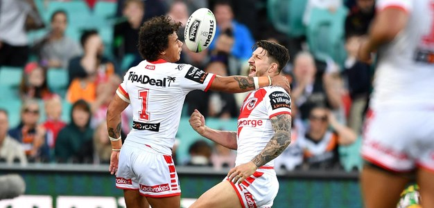 Widdop's try brings up 900 career points for the Dragons