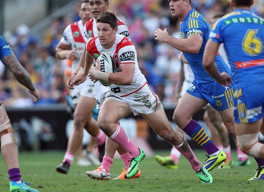 Digital Image by Robb Cox ©nrlphotos.com: Gareth Widdop :NRL Rugby League; St George Illawarra Dragons V Parramatta Eels at Parramatta Stadium, Saturday the 17th of May 2014.