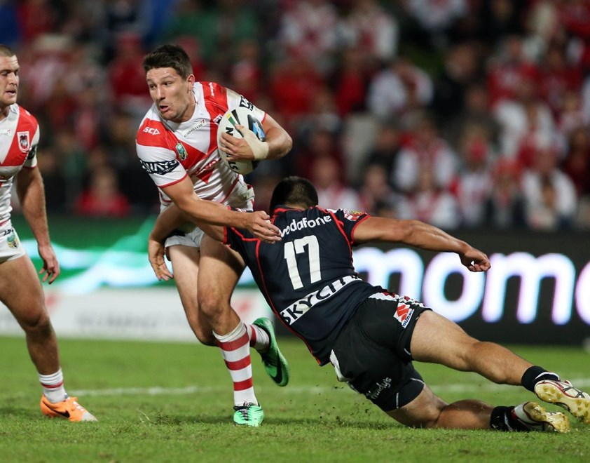 Digital Image by Robb Cox ©nrlphotos.com: Gareth Widdop :NRL Rugby League - Round 7; Illawarra Cutters V The Warriors at WIN Jubilee Stadium, Saturday the 19th of April 2014.