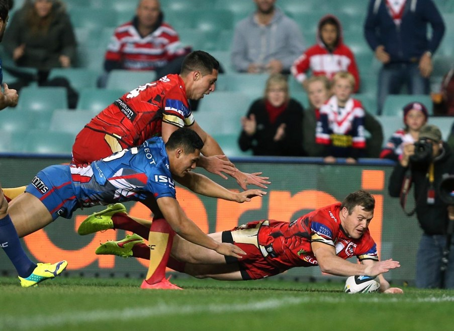 Digital Image by Robb Cox ©nrlphotos.com: Brett Morris scores a try :NRL Rugby League - Round 21, Sydney Roosters V St George Illawarra Dragons at Allianz Stadium, Saturday August 2nd 2014.