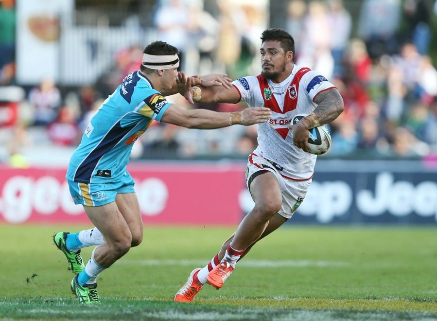 Digital Image by Robb Cox ©nrlphotos.com: Peter Mata'Utia :NRL Rugby League - Round 24, St George Illawarra Dragons V Gold Coast Titans at WIN Jubilee Stadium, Sunday August 24th 2014.