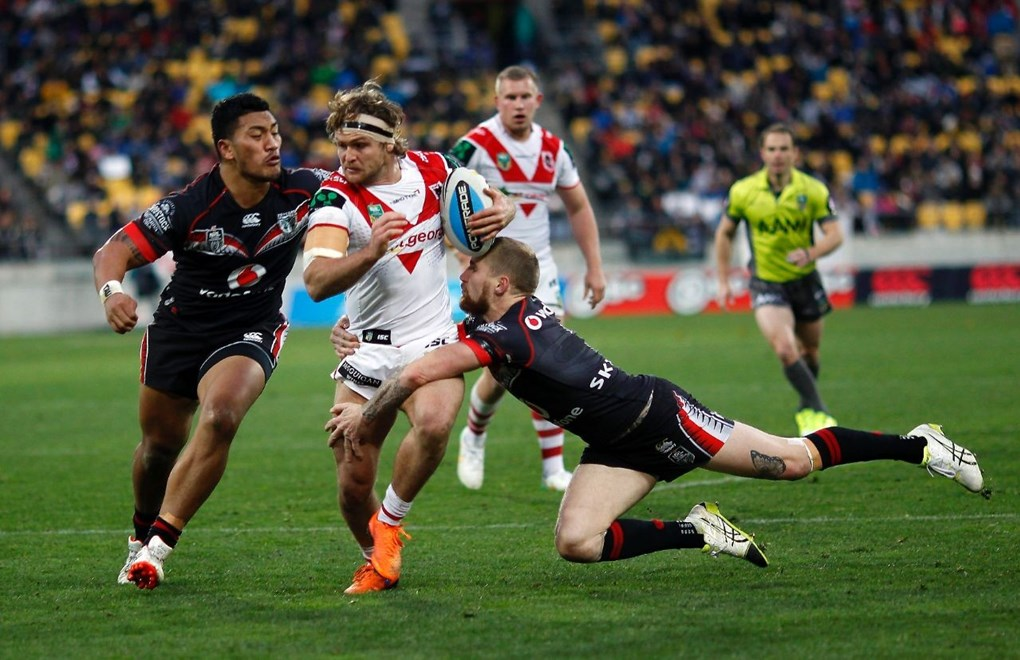 Dragons Mitch Rein is tackled by Warriors Albert Vete and Warriors Sam Tomkins:           NRL Rugby League, Round 22, NZ Warriors v St George Dragons at Westpac Stadium, Saturday 8th August 2015. Digital image by Shane Wenzlick, copyright nrlphotos.com